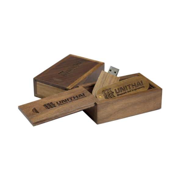 swivel usb walnut and small box