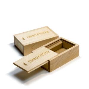กล่องแฟลชไดร์ฟ