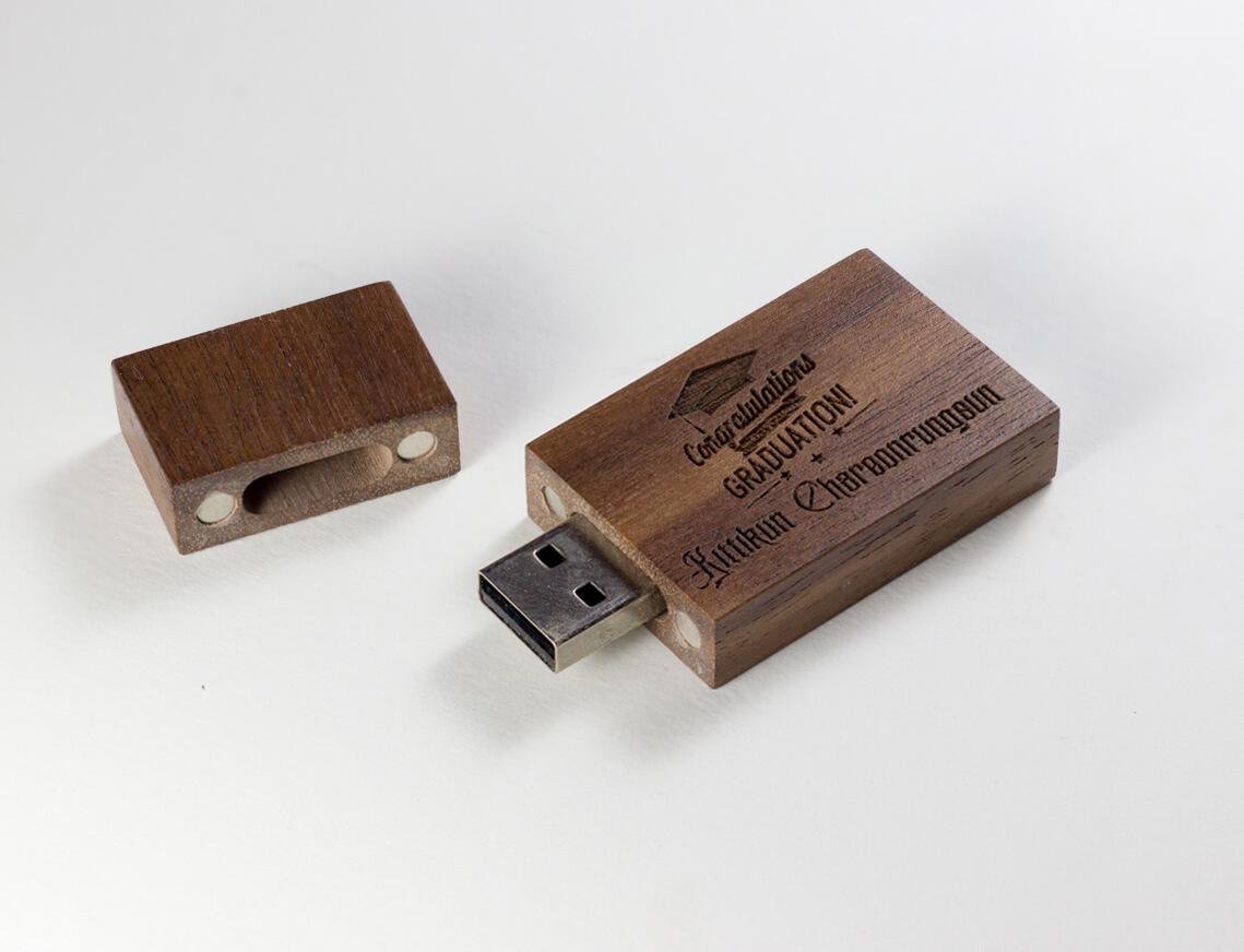 USB ไม้วอลนัท+เลเซอร์โลโก้ 6