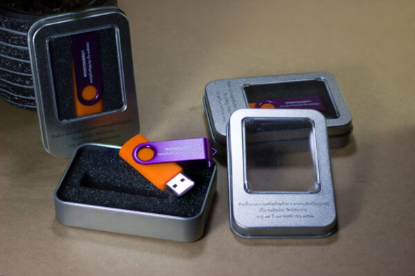 แฟลชไดร์ฟ Swivel + กล่องอะลูมิเนียม พร้อมใส่ไฟล์ MP3 3