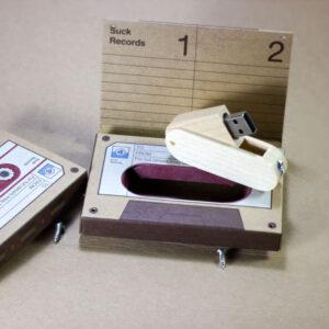 แฟลชไดร์ฟ + กล่องเทปกระดาษคร๊าฟ